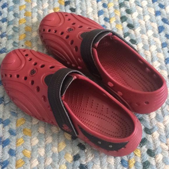 Dawgs shoes. Boys Sz 3 NIB